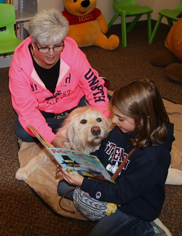 Zoe Story time at GL Library.jpg